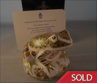 Royal Crown Derby Paperweight - Old Imari Frog Limited Edition